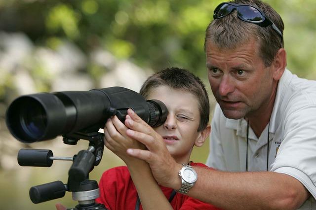 sledování dalekohledem